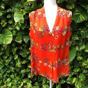 Floral sleeveless v-neck blouse